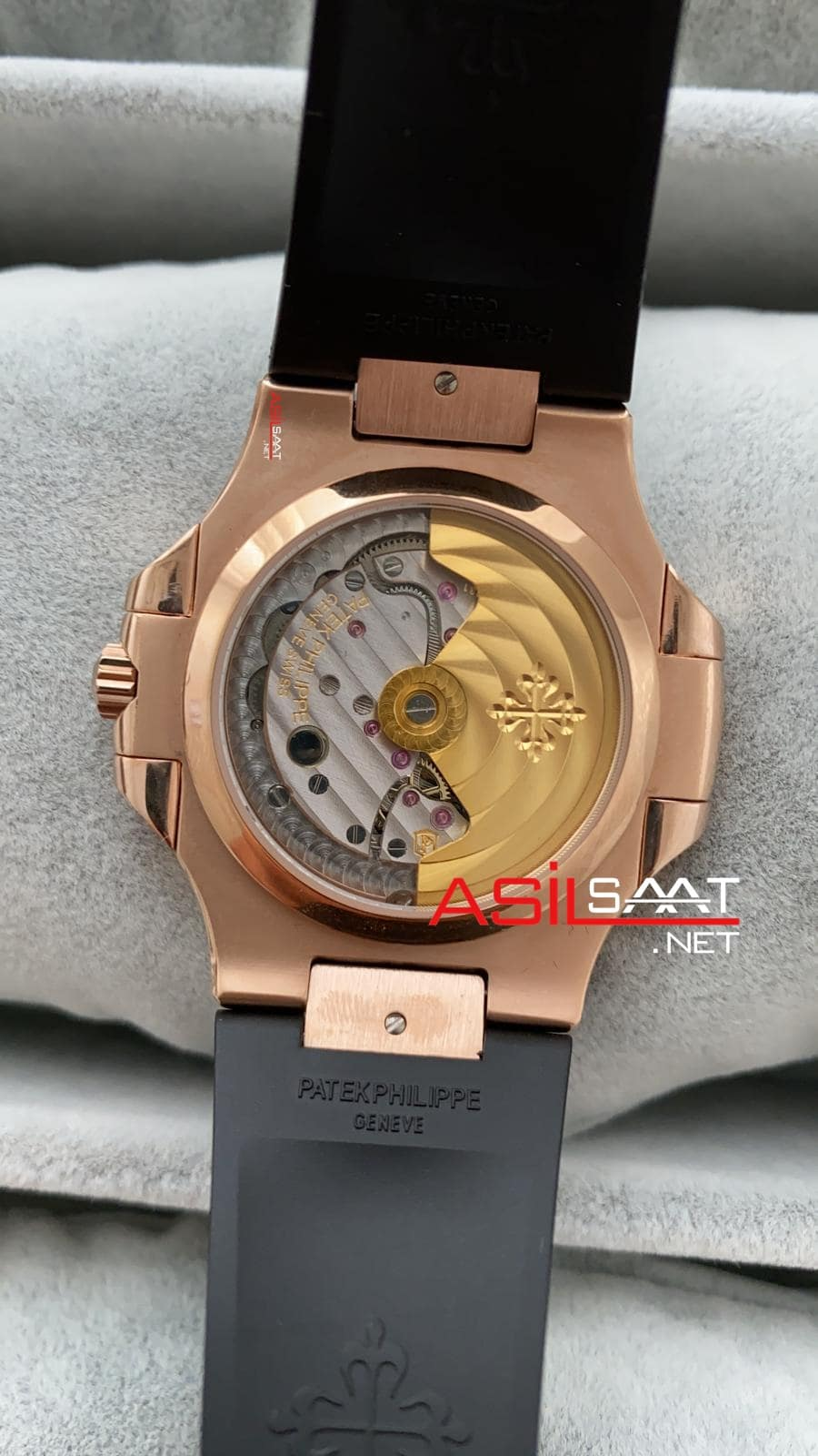 Patek Philippe Nautilus Rosegold İşlemeli Kasa Replika Saat PPNA036