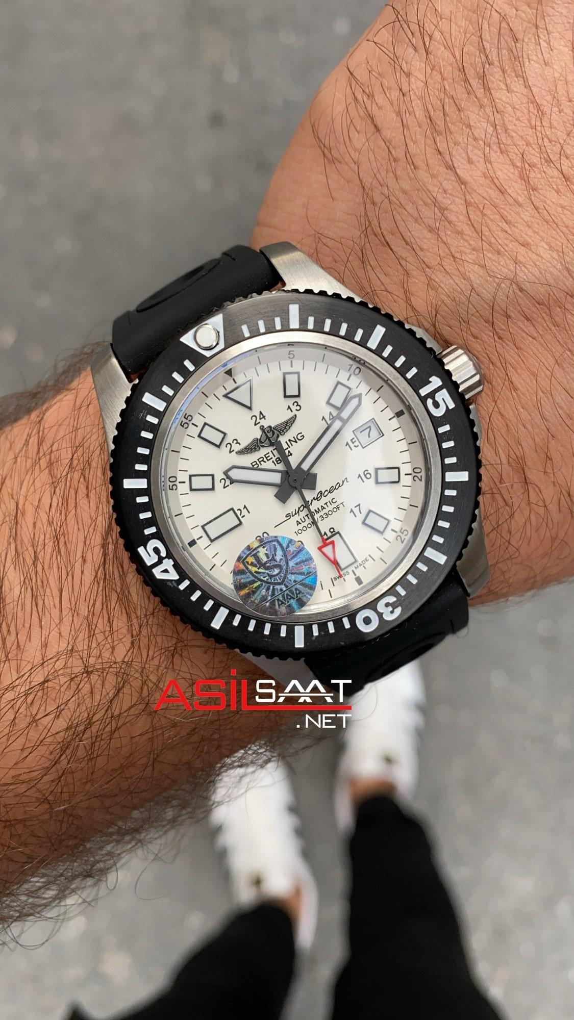 Breitling Superocean II BS2002