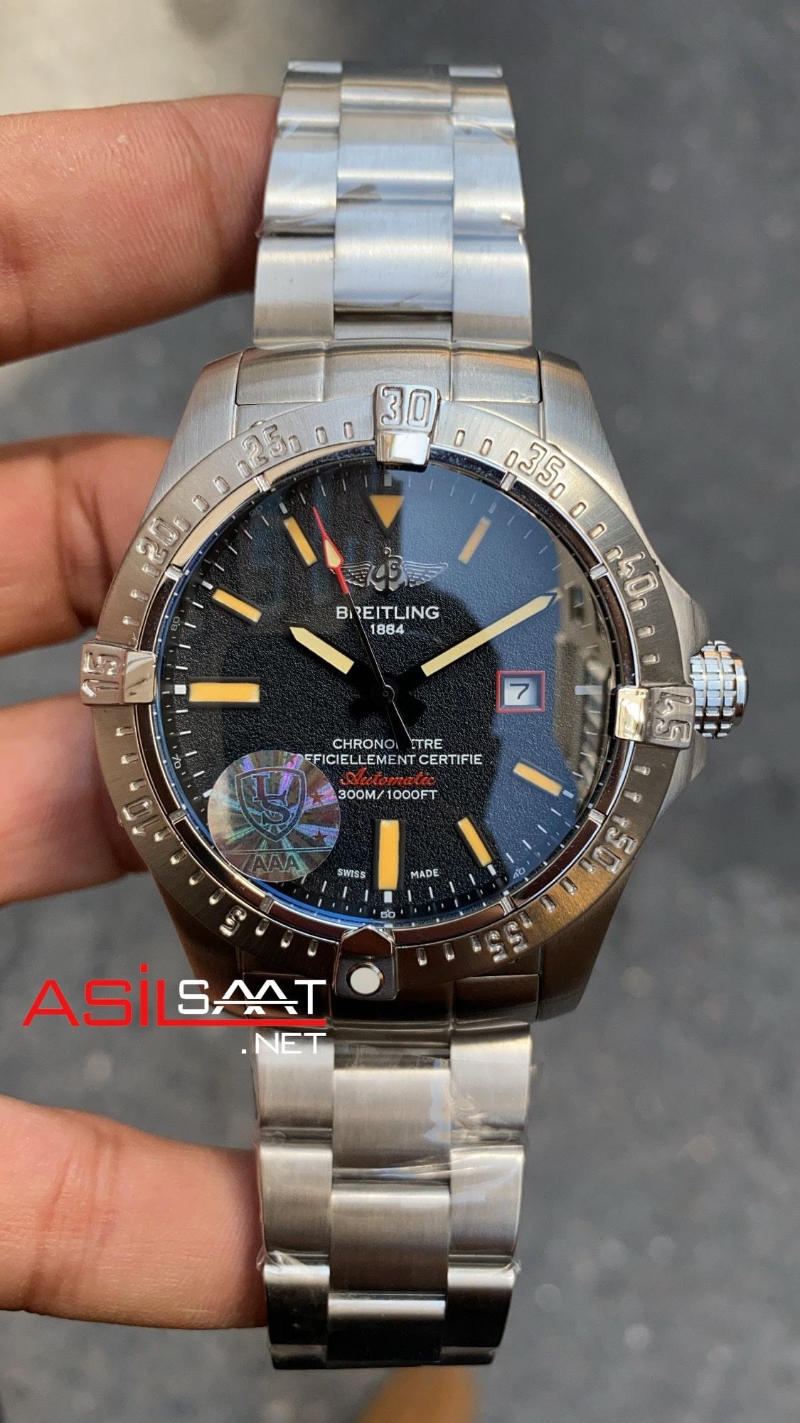 Breitling Avanger BAV001