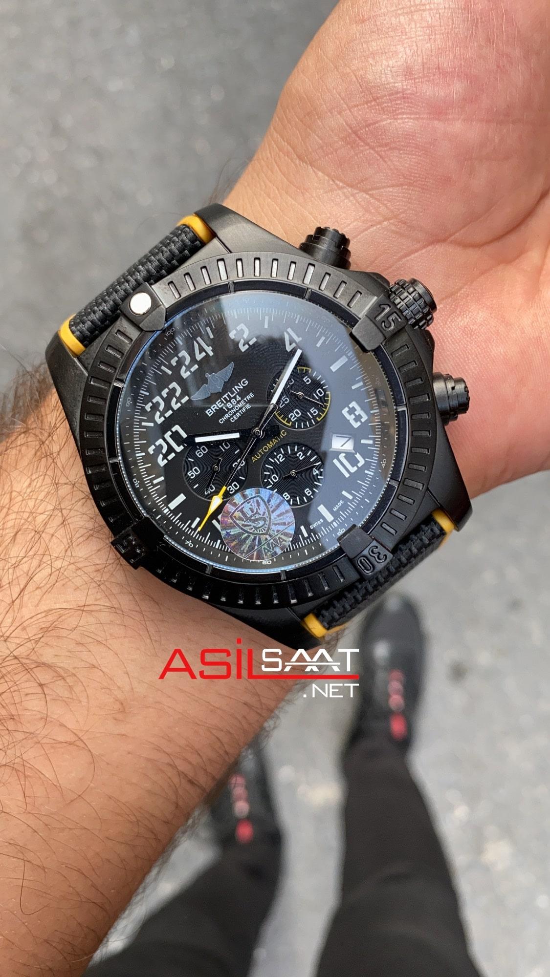 Breitling Avanger Night Mission BANM002
