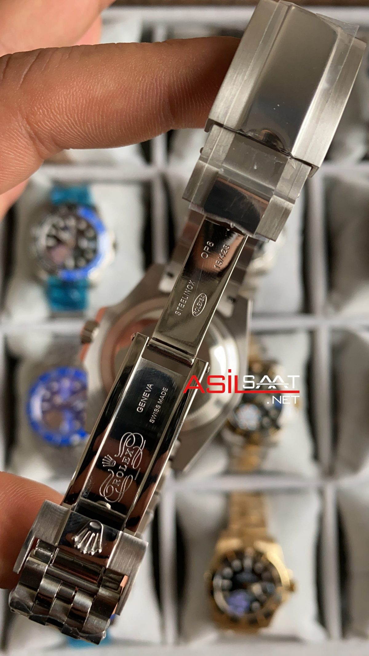 Rolex Jubilee Submariner Hulk 116610 LV ROLS017